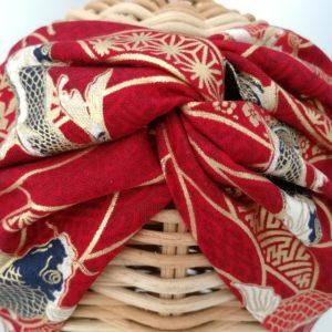 turbante estampado karpa koi en rojo